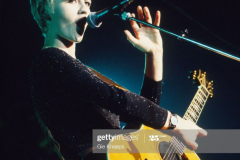 17.- Dolores O'Riordan (1971 - 2018) of The Cranberries performs on stage, Botanique, Brussels, Belgium, 20/10/1994. (Photo by Gie Knaeps/Getty Images)